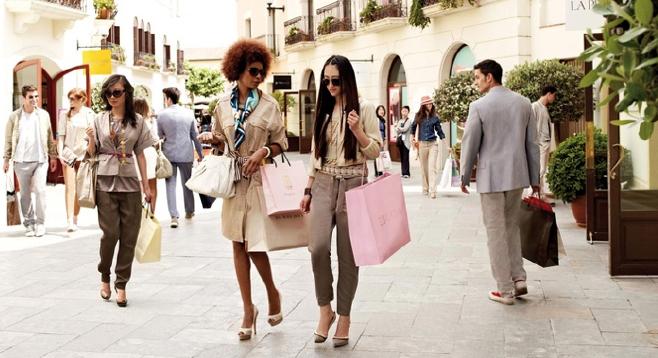 Guia de compras na europa bruno ernica for La roca barcelona